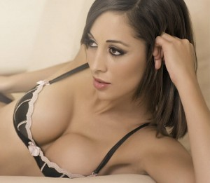 flickr_cc_17_07_2012_T.78UopXx_girl brunete5