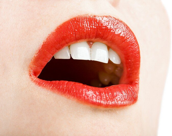 flickr_cc_17_07_2012_orofacial_lips_red